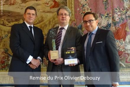 Remise-de-prix_Olivier-Debouzy_photo-officielle